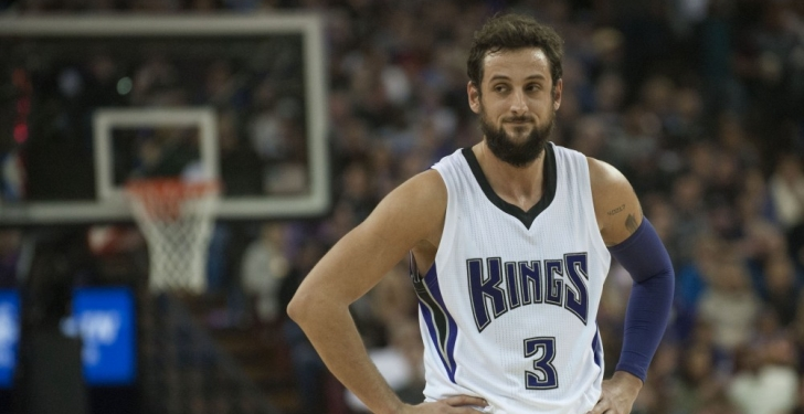 Charlotte to acquire Belinelli